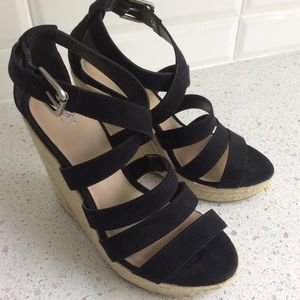 Black Strappy Wedge Summer Sandals