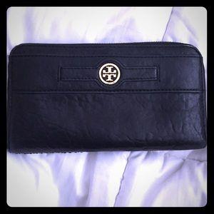 prada mens messenger bag uk - 25% off Prada Handbags - Authentic Used Prada Bag for sale! from ...