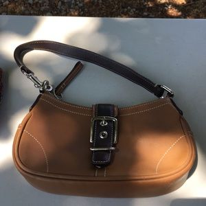 Best In Handbags Party on Poshmark 6a10032ad546d