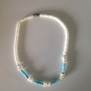 Jewelry - Puka shell Necklace