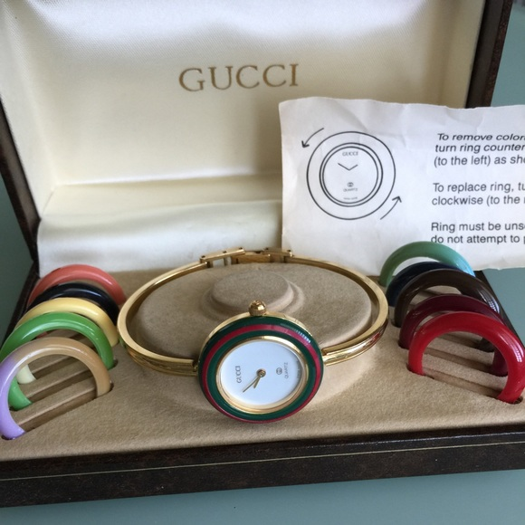 541321c0234e4 Gucci Jewelry - Vintage Gucci watch 1100-L