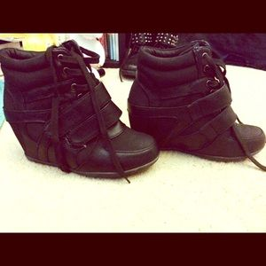 Traffic Shoes - Black Wedge Sneakers