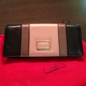 Authentic Valentino Garavani Shoulder Bag / clutch