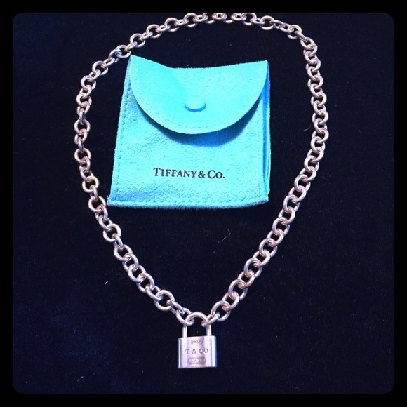 103815b61 Authentic Tiffany & Co. Lock Choker Necklace. M_556a0a4a2de512306e009309