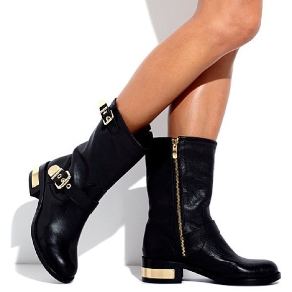 14005cab8c7 Vince Camuto Winchell Moto Boots
