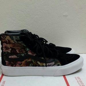 0e5951bf69 Vans Shoes - Vans Tapestry Floral Sk8-Hi