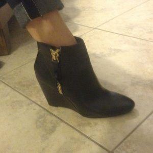 Steve Madden Shoes - Brand new Steve Madden boots