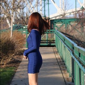 Dresses & Skirts - Navy Bandage dress