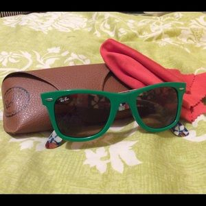 SPECIAL EDITION RAY BAN sunglasses