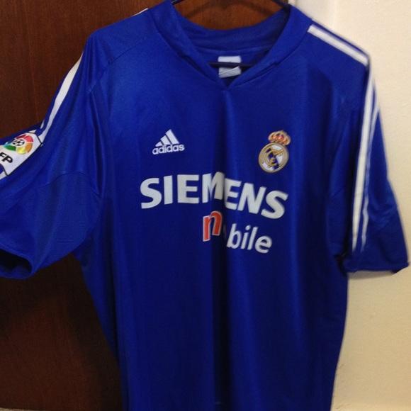 watch 86dd5 005c8 Real Madrid Siemens Adidas Soccer Jersey