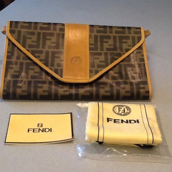 FENDI Clutches   Wallets - Authentic FENDI large Envelope Clutch w  Dust Bag d0f1938295bd5