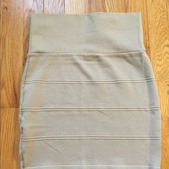 72 n a dresses skirts high waisted beige skirt
