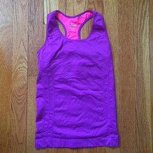 Spalding work out top