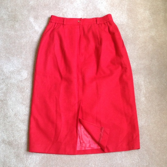 Requirements Skirt 98