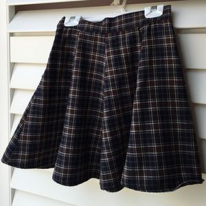 Brandy Melville plaid Skirt