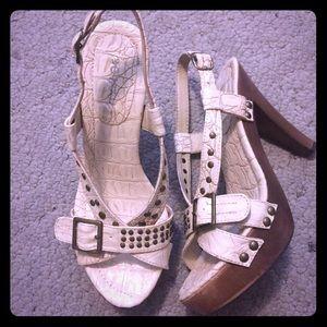 Faux animal skin beige heels with buckle embellish