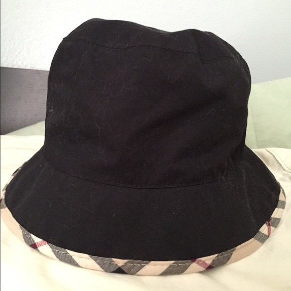 c248be958bf Burberry Accessories - Black Burberry Bucket Hat with Nova Trim