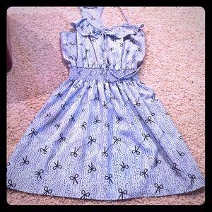 Peppermint bow-print dress!
