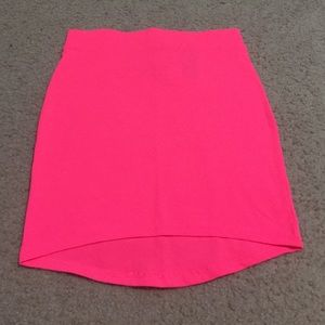 Never worn pink skirt still with tags