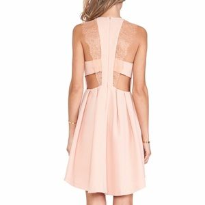 New Gorgeous Pink Back Lace Detail Dress❤️