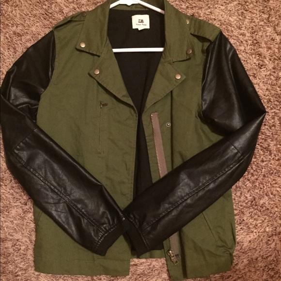 Olive green jacket black sleeves