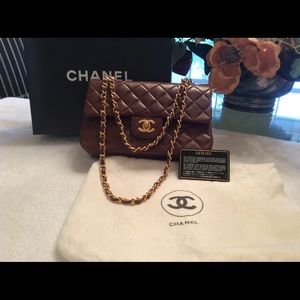 AUTHENTIC CHANEL BAG. PRICE CUT : 10%
