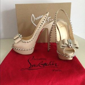 Christian Louboutin Lady Clou Spiked Bow Pumps