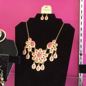 Prizma Jewelry - Prisms Necklace Set in Pink Lead Free W/ Earrings