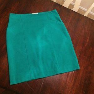 Kelly green pencil skirt