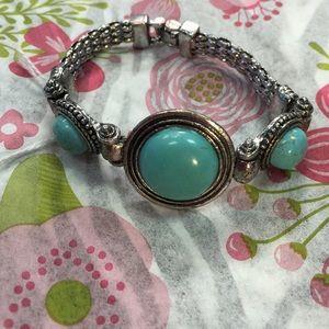 Jewelry - Turquoise Stones Tibetan Silver Bracelet