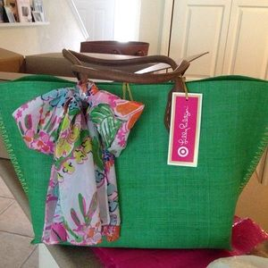 Lilly Pulitzer Handbags - Traded tote