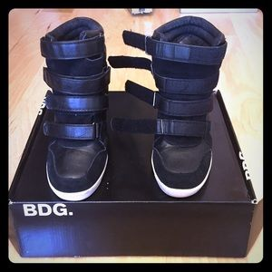 BDG Shoes - BDG. Black Leather/Suede Wedge Sneakers