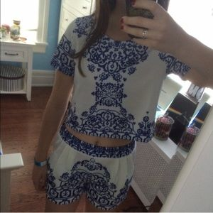 618440cc3d8d0f Urban Outfitters Other - Blue White Short Sleeve Floral Crop Top W/ Shorts