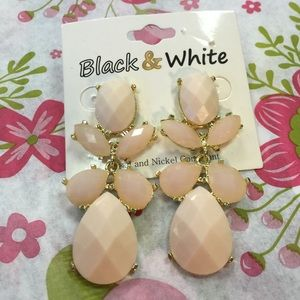 Black and White Jewelry - Black and White Light Peach Cabochon Earrings