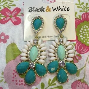 Black and White Jewelry - Black and White Aztec Style Statement Earrings
