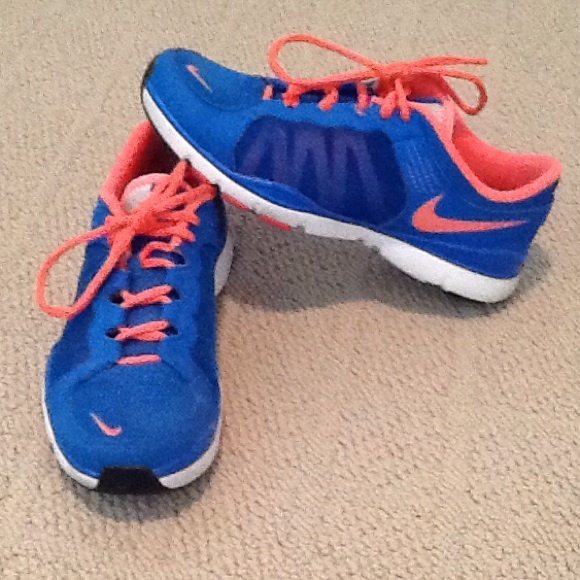 6704468a5c255 Nike breathe flex trainer 2. M 556cf9378e1c615bd8014f16