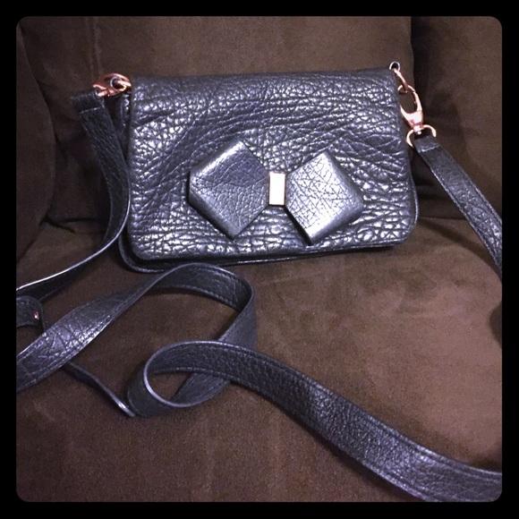 8a672a493dc56 Ted Baker black bow bag. M 556d04244e95a30165015200