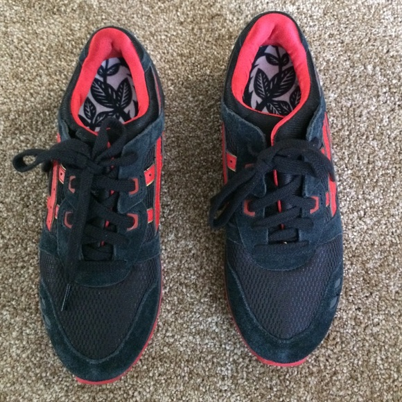 sports shoes 3dfa1 53959 ASICS Gel Lyte III - Love & Hate (Red & Black)