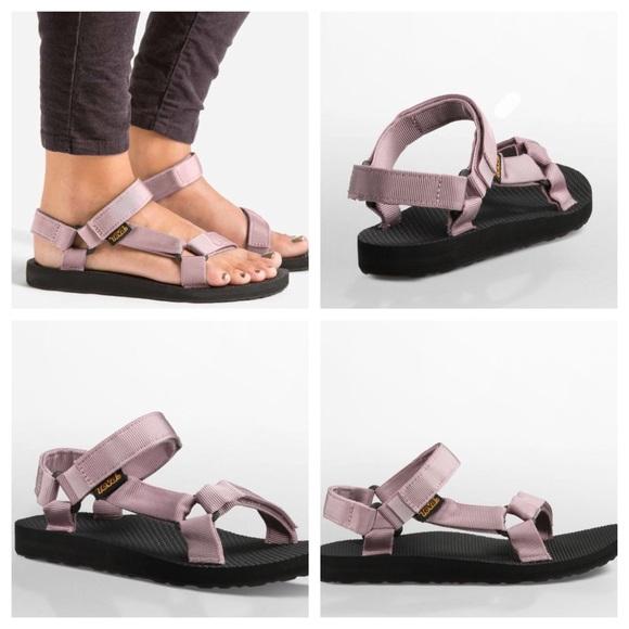 4614d4ad884 Teva Original Universal Sandals in Sea Fog