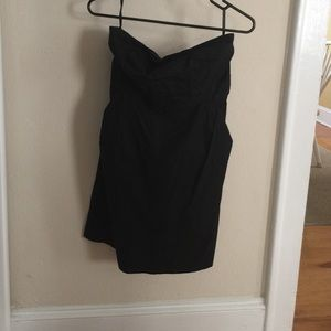 Strapless black dress with pockets