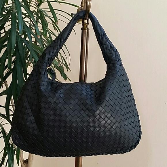 785f431901 Bottega Veneta Handbags - Authentic Vintage Bottega Veneta Medium Hobo Bag