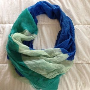 Ann Taylor summer scarf NWOT