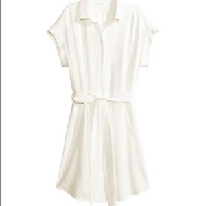 H And M White Shirt