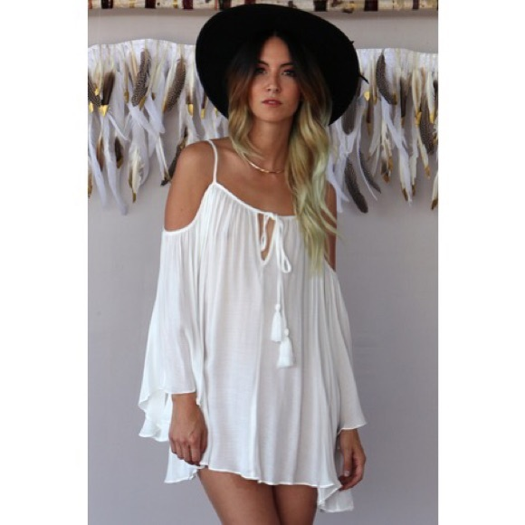 8473a8cfaff8 cold shoulder flowy bohemian gypsy tunic dress