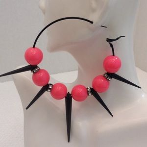 Jewelry - 🆕Spiked Earrings😘😘(Pink)