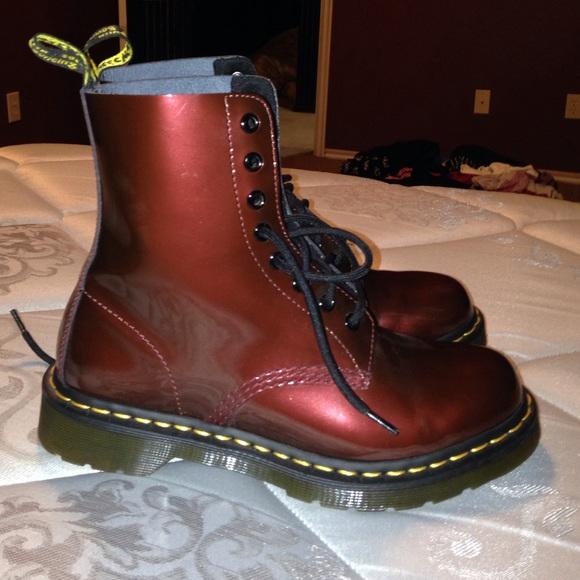 58 off dr martens shoes doc marten pascal cherry red. Black Bedroom Furniture Sets. Home Design Ideas