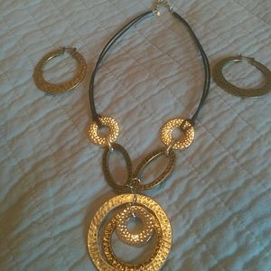 Jewelry - Metal,leather necklace set