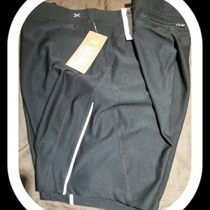 XERSION Pants - NWT.  BLACK FITTED SHORTS