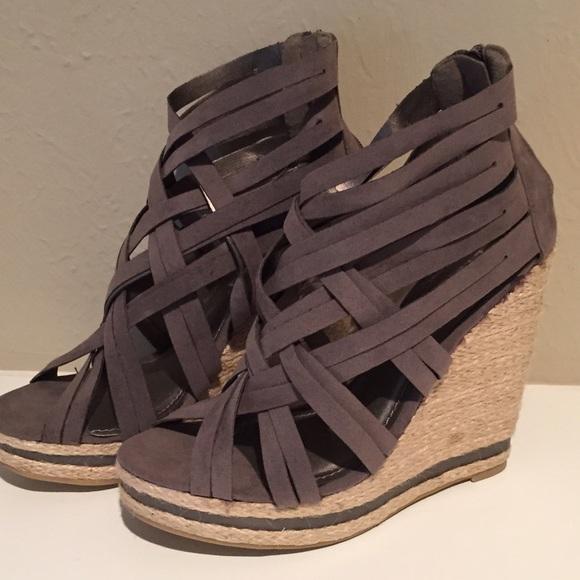 67 liliana shoes carlotta strappy wedges by liliana