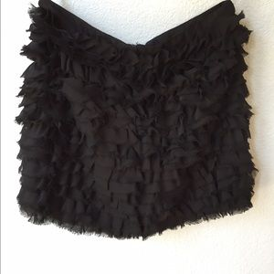 Dresses & Skirts - Black ruffled mini skirt